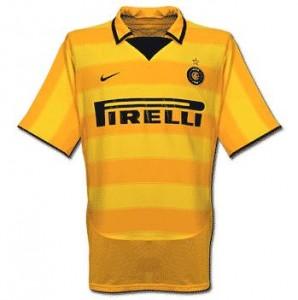 Inter-trøje-ude-2003-2005-1