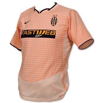 Juventus-trøje-ude-2003-2004